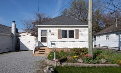 Cute Port Dalhousie Bungalow!
